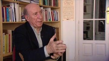 Frame 60.865695 de: Peridis lleva cuarenta años analizando la política española sólo con un dibujo