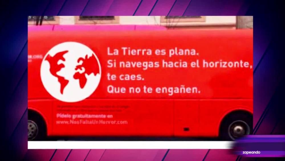 Los memes del autobús transfóbico de Hazte Oír