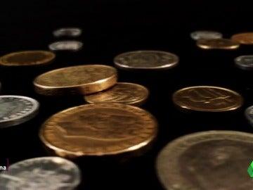 Frame 0.0 de: laSexta Columna lanza una moneda al aire para analizar la cara y la cruz del euro, ¿hay más ventajas o desventajas?