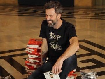 Pau Donés presentando su disco y libro '50 Palos'
