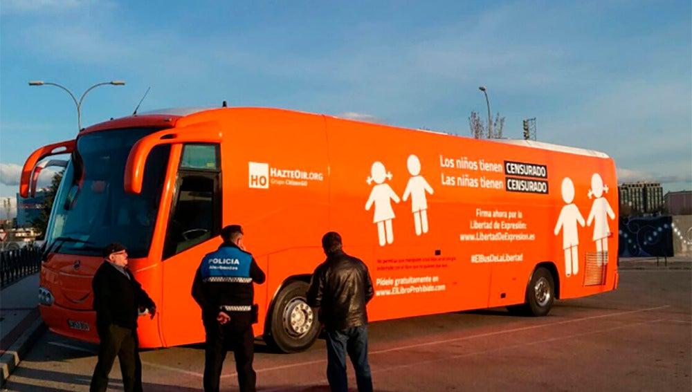 El nuevo autobús de Hazte Oír