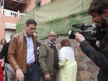 El aspirante a secretario general del PSOE Pedro Sánchez durante su visita a Ceuta