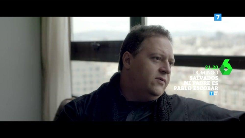 """Frame 5.030146 de: Habla el hijo de Pablo Escobar: """"Mi padre siempre llevaba un revólver en el tobillo izquierdo"""""""