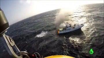 Frame 1.217777 de: rescate pesquero