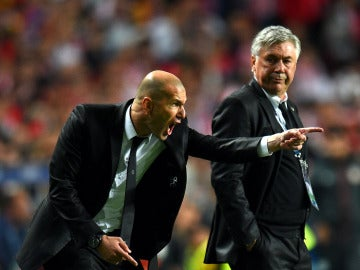 Zidane y Ancelotti, durante su etapa juntos en el Madrid