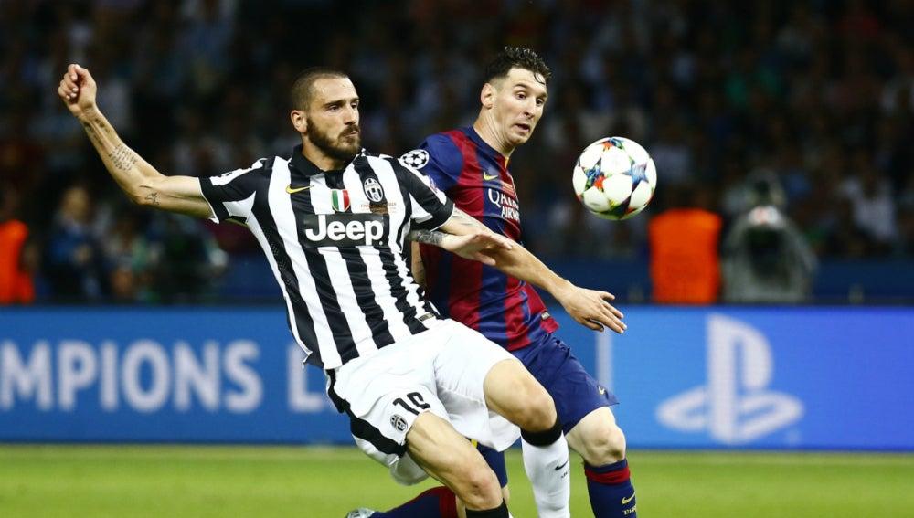 Bonucci pelea con Messi