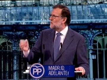 """Frame 1.443596 de: """"Una España a la que 75 millones de españoles vienen cada año"""", el enésimo lapsus de Rajoy"""