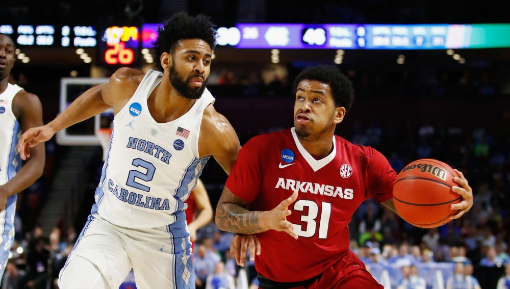 Partido entre Arkansas y North Carolina de la NCAA