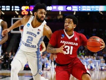 Partido entre Arkansas y North Carolina de la NCAA