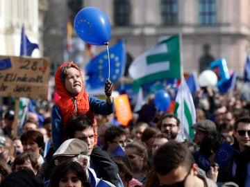 Manifestaciones multitudinarias a favor de la unión en distintas capitales europeas