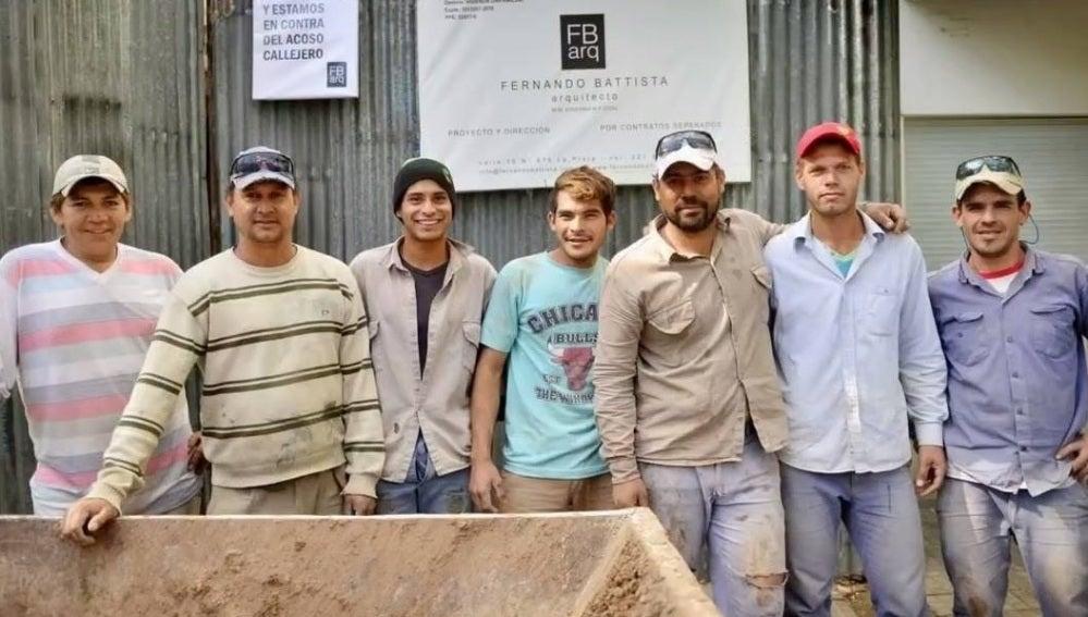 """Un grupo de obreros se rebelan contra el machismo en su profesión: """"En esta obra estamos en contra del acoso"""""""
