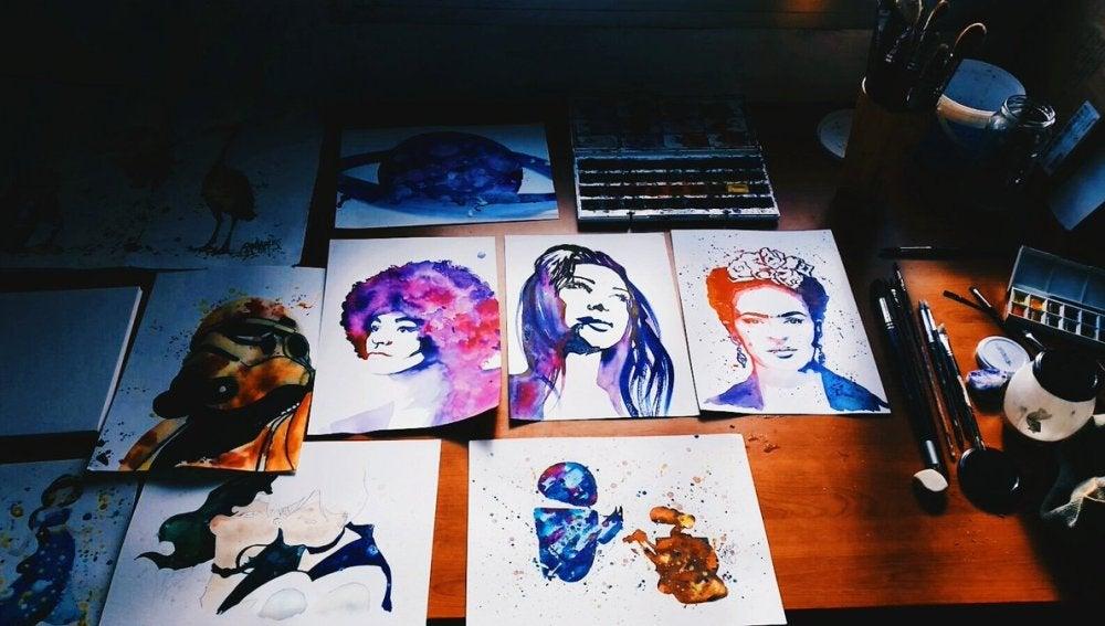 Imagen de algunos de los dibujos de la joven