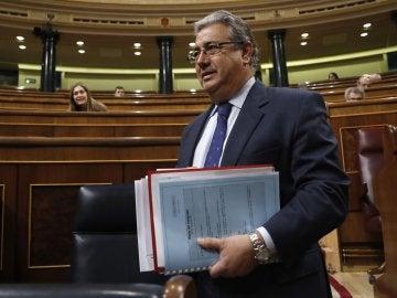 El ministro del Interior, Juan Antonio Zoido