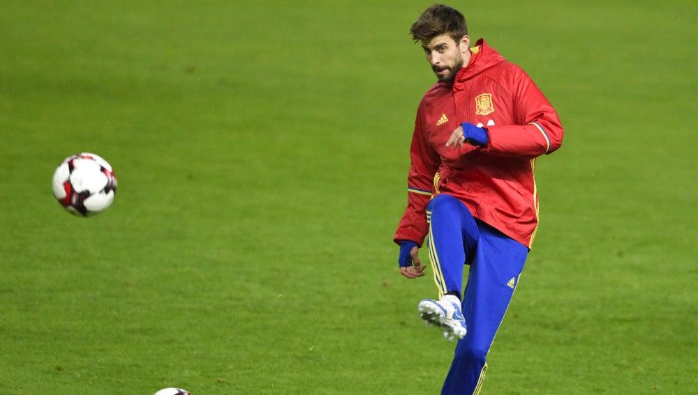Gerard Piqué, en un entrenamiento de la selección española