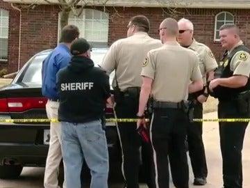 Un joven mata a tiros a tres intrusos en Ocklahoma