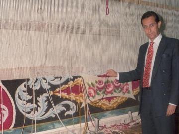 Livino Stuyck en la fábrica de tapices en 1996