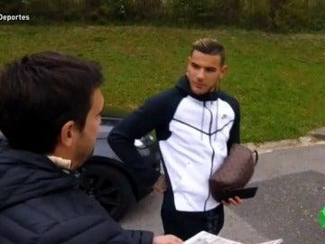 Frame 7.065071 de: La reacción de Theo Hernández al interés del Real Madrid por ficharle