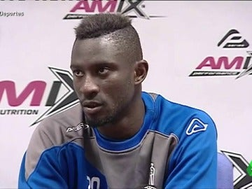 """Cheikh, jugador del Eldense: """"No son dos jugadores implicados, son más"""""""