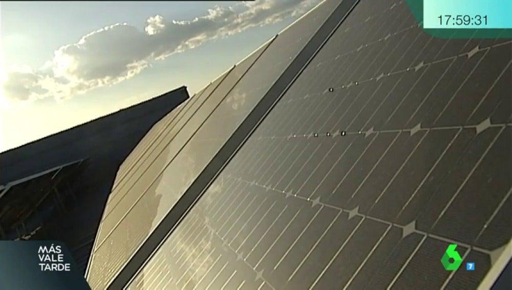 Frame 107.697007 de: Cádiz, Viladamat y ahora Barcelona: las ciudades ejemplo de que es posible autoabastecerse de energía