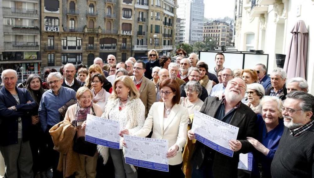 Los colectivos de víctimas exigen a ETA un fin sin cesiones y que colabore de una vez con la Justicia