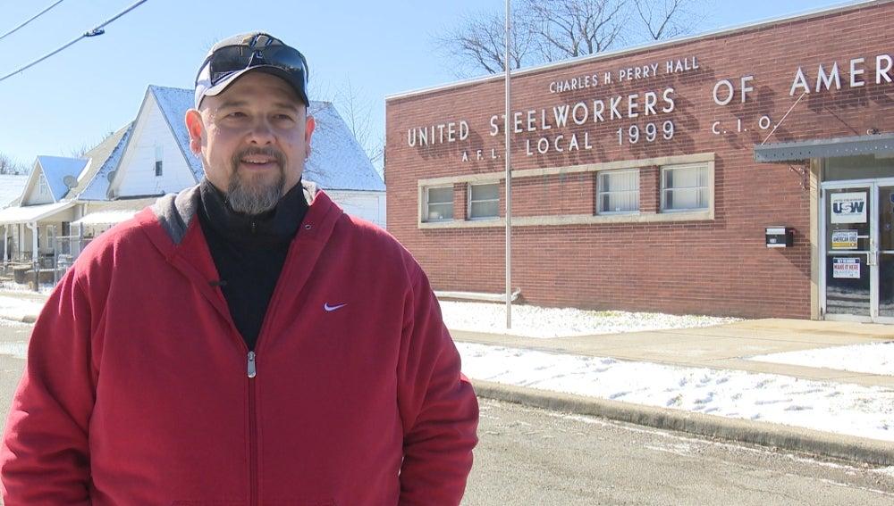 John, trabajador estadounidense
