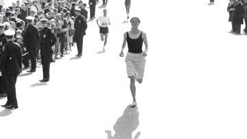 Frame 67.63156 de: Kathrine Switzer y Bobbi Gibb, dos mujeres que corrieron en Boston contra los prejuicios y vencieron
