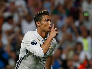 Cristiano Ronaldo manda callar a la afición del Bernabéu