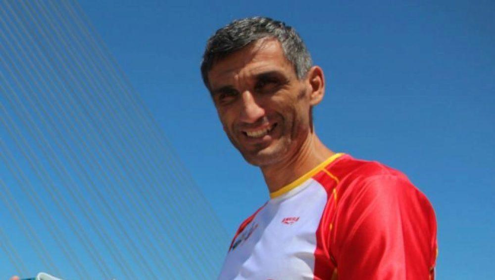 El policía y campeón del mundo, Óscar Graña.
