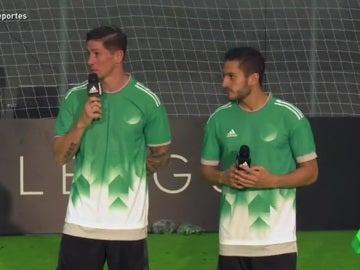 Koke y Torres durante un acto