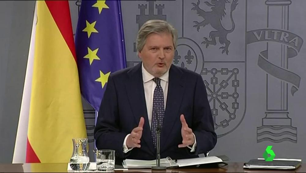 El ministro y portavoz del Gobierno Méndez de Vigo