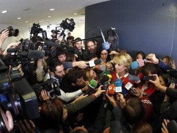 Esperanza Aguirre ante los medios