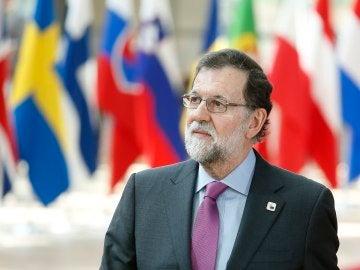 El presidente del Gobierno español, Mariano Rajoy, a su llegada a la sede del Consejo Europeo para participar en la cumbre de los jefes de Estado o de Gobierno de la UE