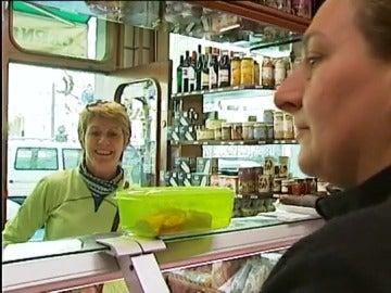 Los tuppers como envoltorio de productos frescos en el supermercado