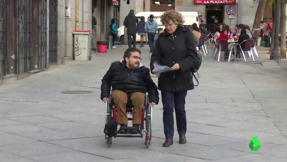 Nazaret, discapacitado que por fin encuentra trabajo