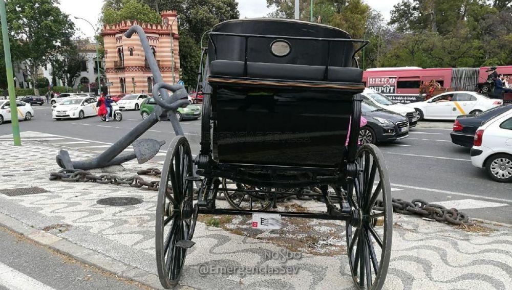 Así ha quedado el carruaje del que tiraban los caballos