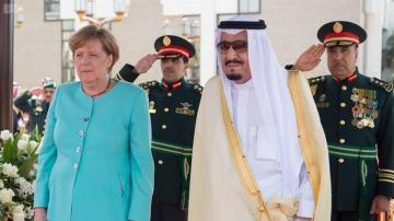 Angela Merkel con el rey de Arabia Saudí