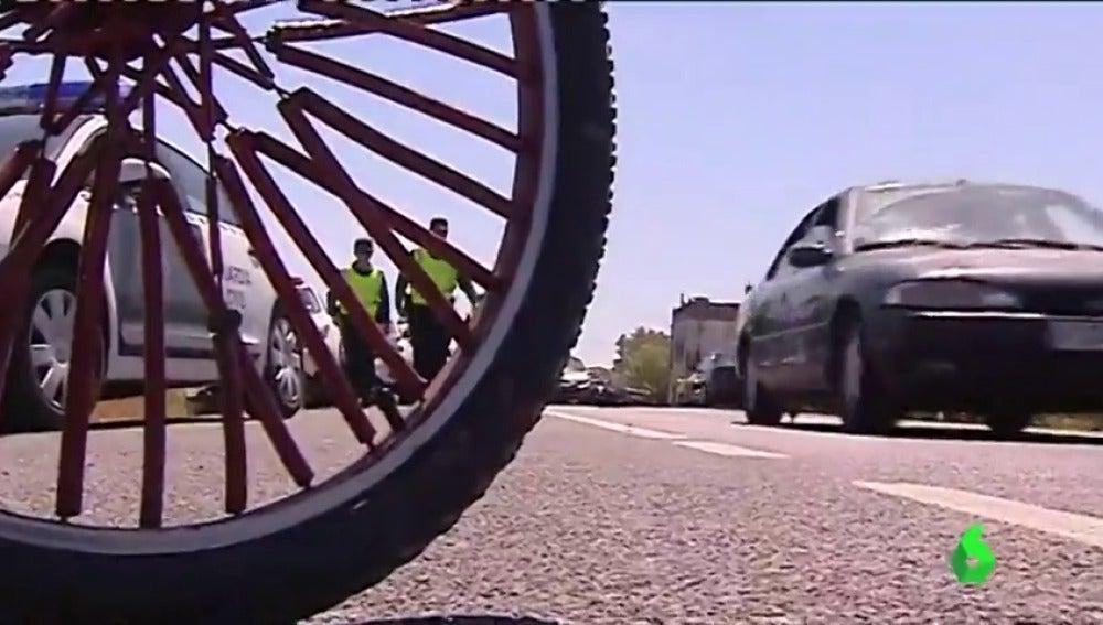 Dos ciclistas de un equipo de Jávea mueren al ser arrollados en Oliva por una conductora ebria y drogada