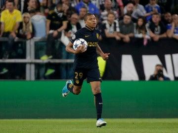 Mbappé tras marcar un gol a la Juventus