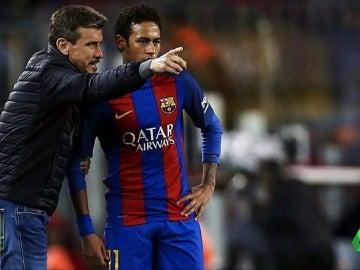 """Frame 39.838164 de: Tremenda bronca entre Neymar y Unzué en el entrenamiento: """"Si sigues así acabarás como Ronaldinho"""""""