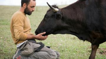 Edu con un toro