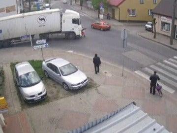 Un camión atropella a una mujer en Polonia
