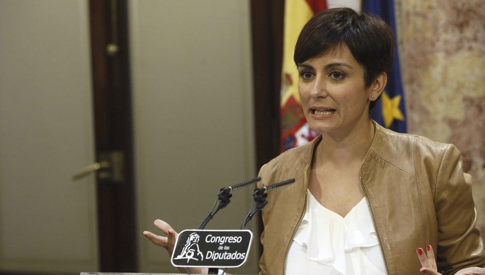 Isabel Rodríguez, ante los medios