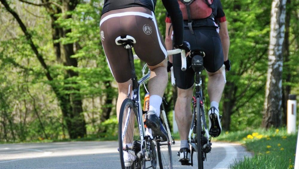 Adelantamientos a ciclistas