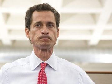 """Excongresista Weiner se declara culpable en caso de """"sexting"""" con una menor"""