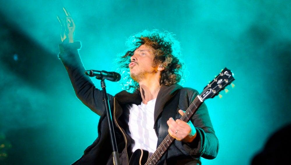 Chris Cornell durante un concierto