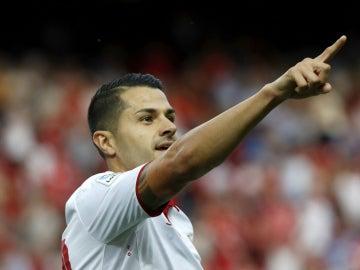 Vitolo celebra un gol