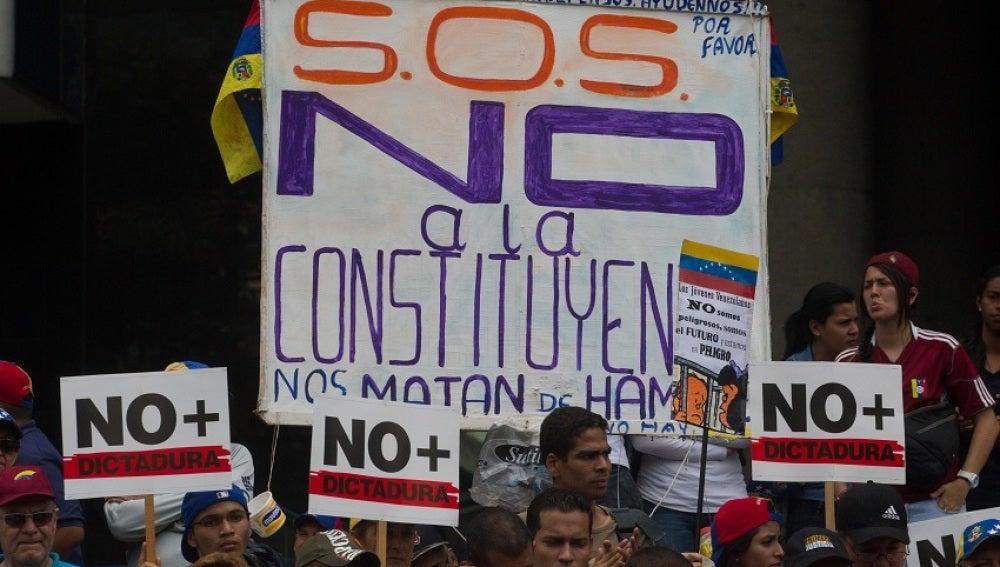 Se cumplen 50 días de movilizaciones ciudadanas contra Maduro en Venezuela
