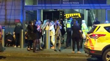 La policía desaloja el estadio Manchester Arena tras producirse dos explosiones