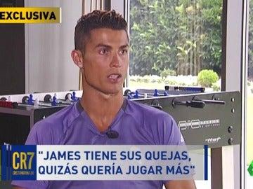 """Frame 50.493809 de: Cristiano: """"James debería quedarse, todavía puede dar mucho al Madrid"""""""