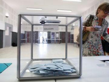 Urna de las elecciones legislativas francesas